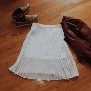 White Candie's Skirt